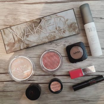 Products of the day  urbandecay Palette Naked Smoky andhellip