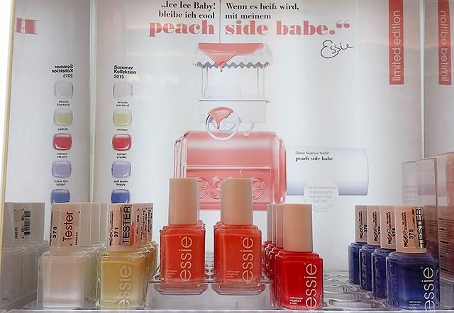 essie-peach-side-babe-le-thumb Gesichtet - essie Peach Side Babe LE