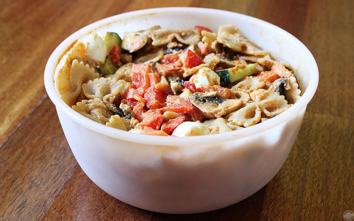 asiatischer-nudelsalat-mit-erdnussdressing Rezept | Asiatischer Nudelsalat mit Erdnussdressing