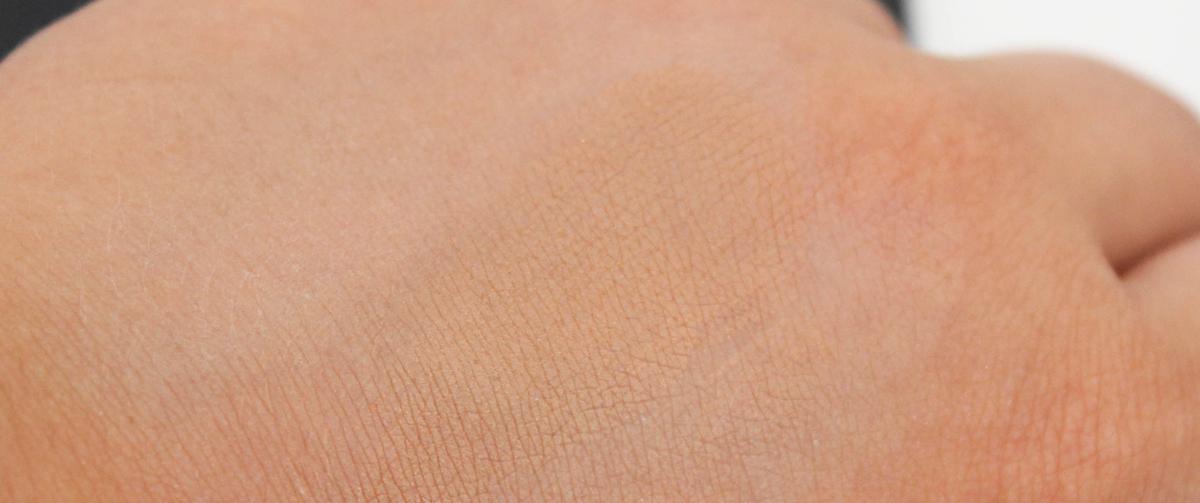 catrice-sun-glow-mineral-bronzing-powder-3