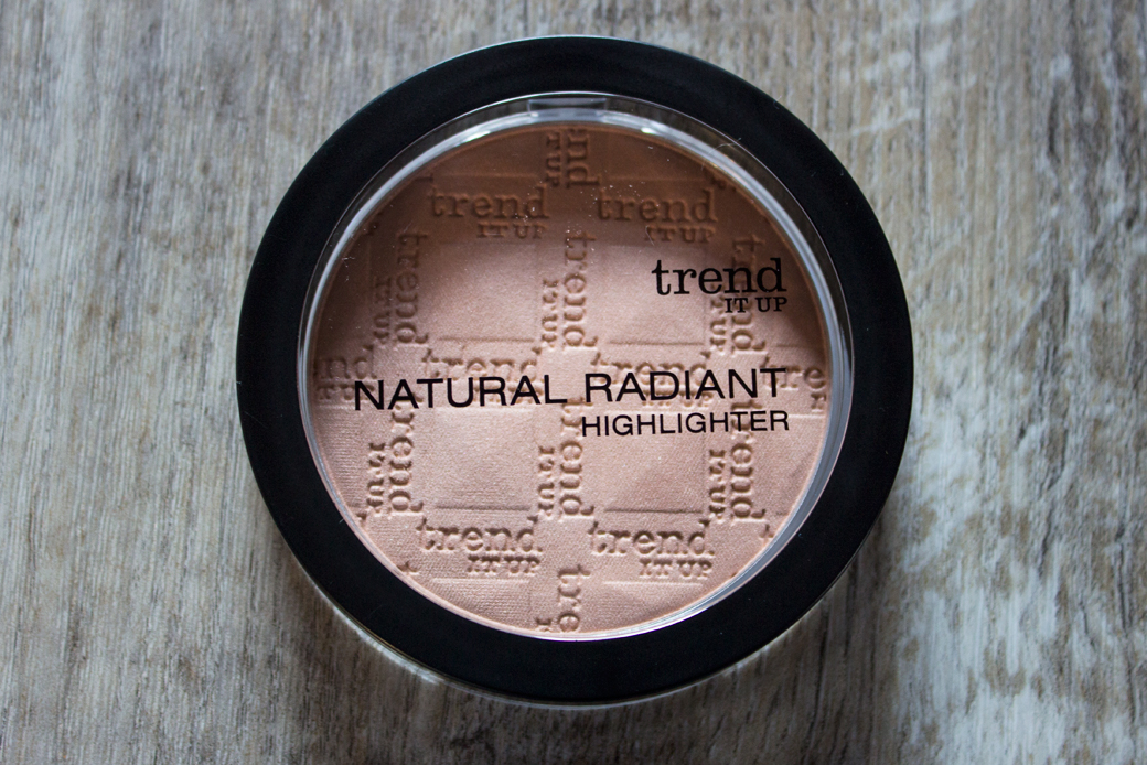 trend-it-up-natural-radiant-highlighter-1