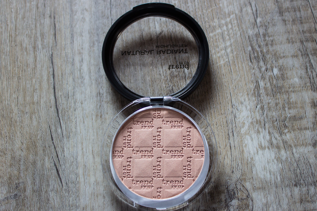trend-it-up-natural-radiant-highlighter-2