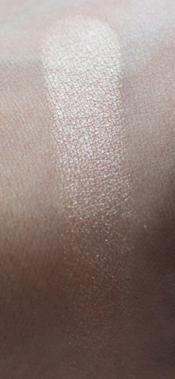 trend-it-up-natural-radiant-highlighter-4