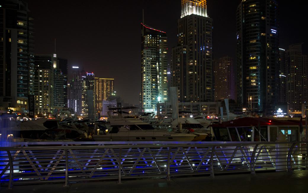 dubai-marina-hafen-2 5 Sehenswürdigkeiten die ihr euch in Dubai nicht entgehen lassen solltet  dubai-marina-hafen-1 5 Sehenswürdigkeiten die ihr euch in Dubai nicht entgehen lassen solltet