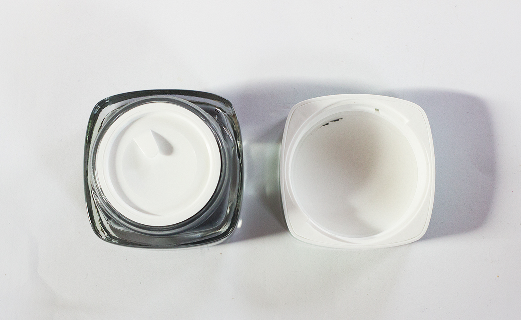 loreal-tonerde-maske-aktivkohle-3