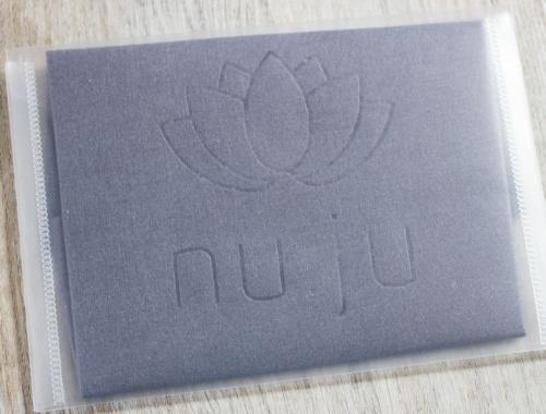 nuju-gesichtsreinigung-tuch-5-500x380 nuju Gesichtsreinigungstuch - Damit geht's ab!  nuju-gesichtsreinigung-tuch-5-500x380 nuju Gesichtsreinigungstuch - Damit geht's ab!