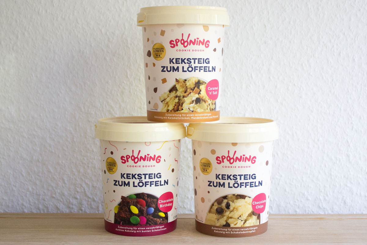 Spooning Cookie Dough Keksteig Zum Löffeln Living The Beauty